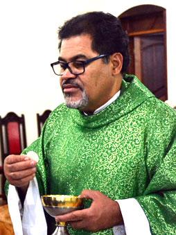 Pe. Edson Augusto