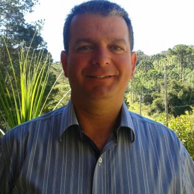 Pe. Leandro Carlos Pereira