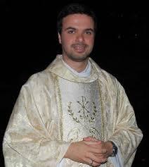 Pe. Rodrigo Fernando Alves